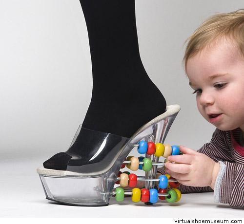 образователни обувки